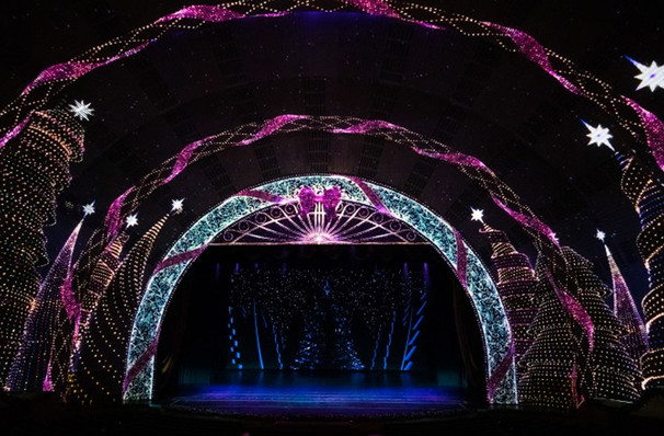Radio City Christmas Spectacular - Radio City Music Hall, New York ...