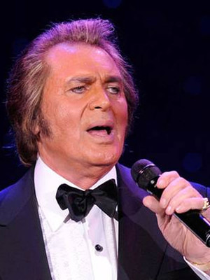 Engelbert Humperdinck at Van Wezel Performing Arts Hall