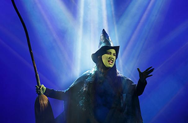 Wicked, Theatre Review. Empire Theatre, Liverpool.