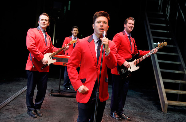 Jersey Boys, E J Thomas Hall, Akron