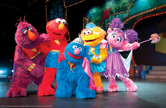 Sesame Street Live Elmo 39 S Super Heroes Theater At Madison Square Garden New York Ny