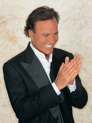 Julio Iglesias at Isaac Stern Auditorium