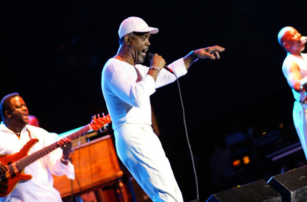 Maze and Frankie Beverly, Walmart AMP, Fayetteville