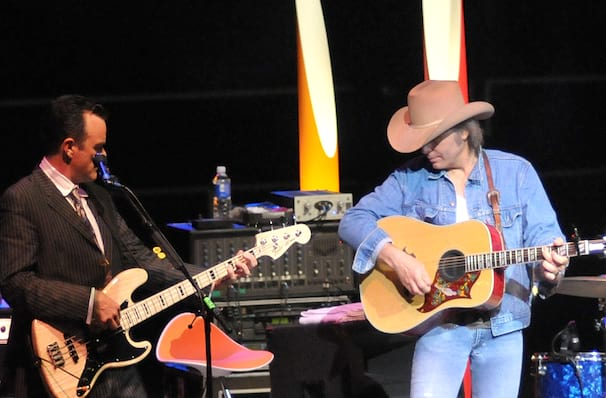 Dwight Yoakam, Heritage Theatre, Saginaw