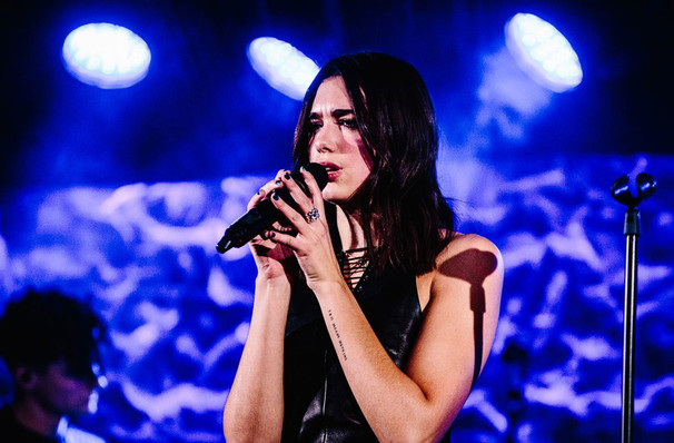 Dua Lipa, Bill Graham Civic Auditorium, San Francisco