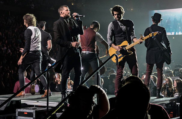 For King And Country, Floyd L Maines Veterans Memorial Arena, Binghamton