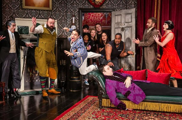 The Play That Goes Wrong, Stage 4 New World Stages, New York