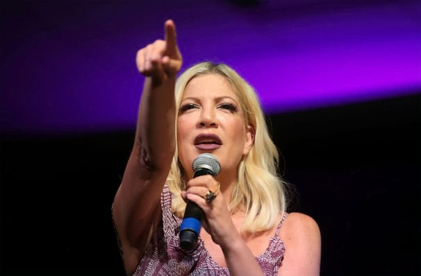Jennie Garth and Tori Spelling Live, Clowes Memorial Hall, Indianapolis