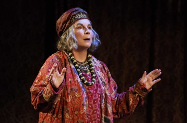 Blithe Spirit, Richmond Theatre, London
