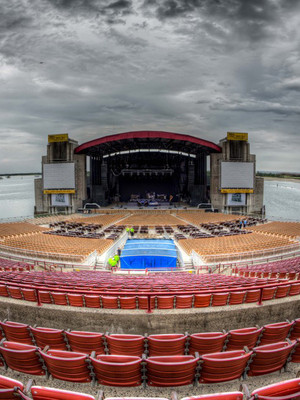Nikon Venue Exterior Jones Beach Theater 1000 Ocean Pkwy Wantagh Ny 11793